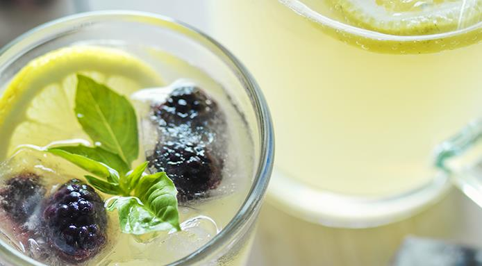 l_14622_lemonade-blackberries-basil.jpg
