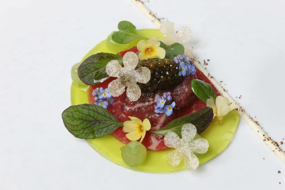 original_saint-legier-beef-tartare-ravioli-siberian-oscietre-caviar-cucumber-jelly-and-juniper