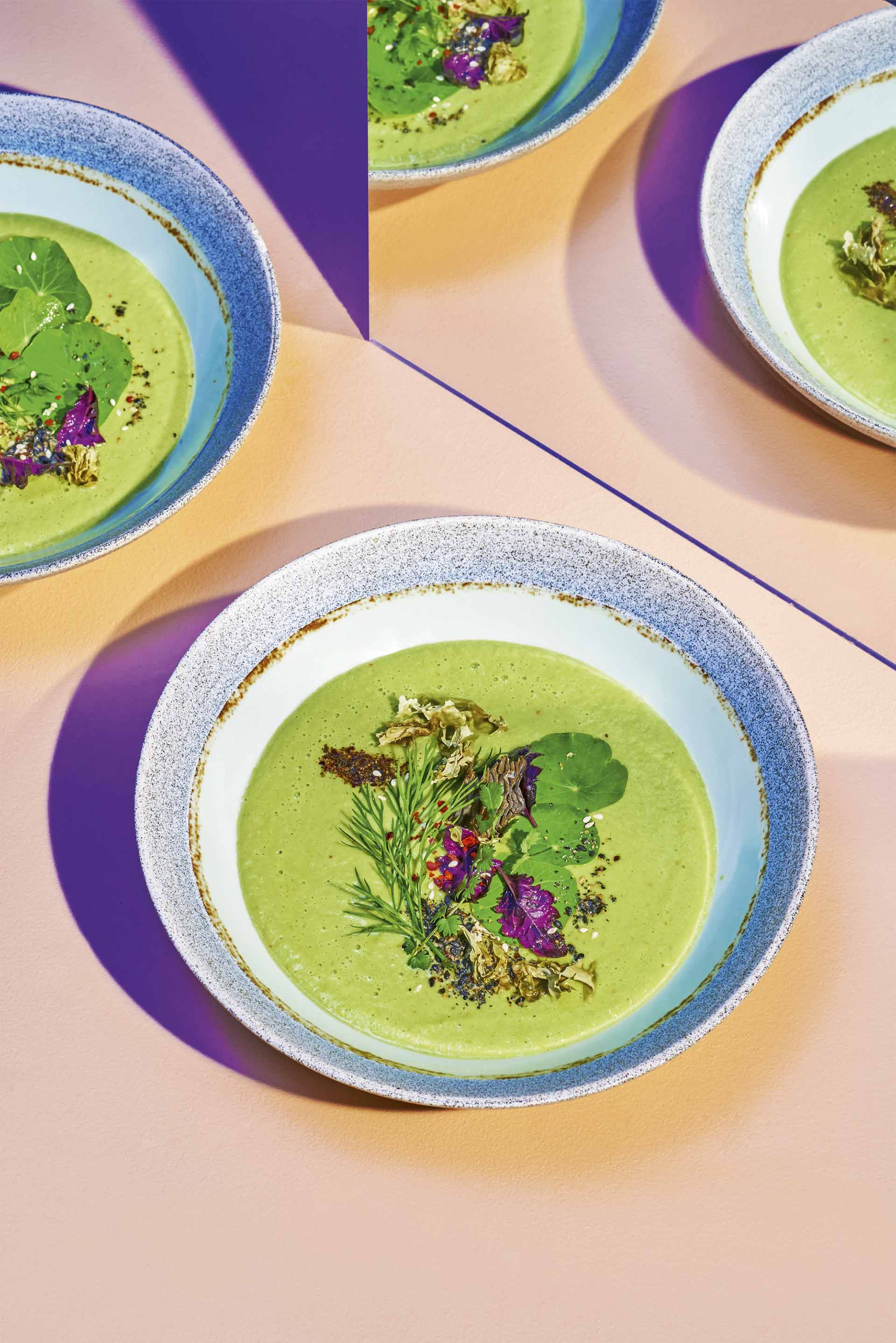 Cucumber-avocado gazpacho with nory by Jodi Moreno ©Gabriel Cabrera | Story on a Plate, Gestalten 2019