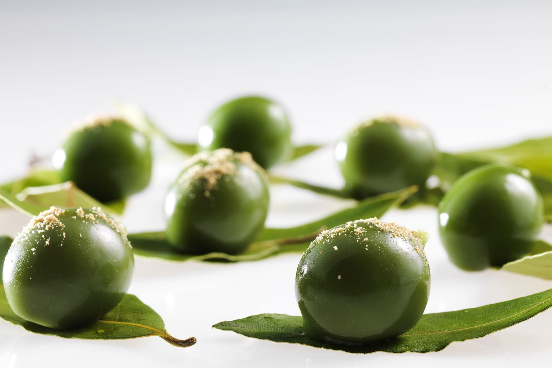Green tomato olives