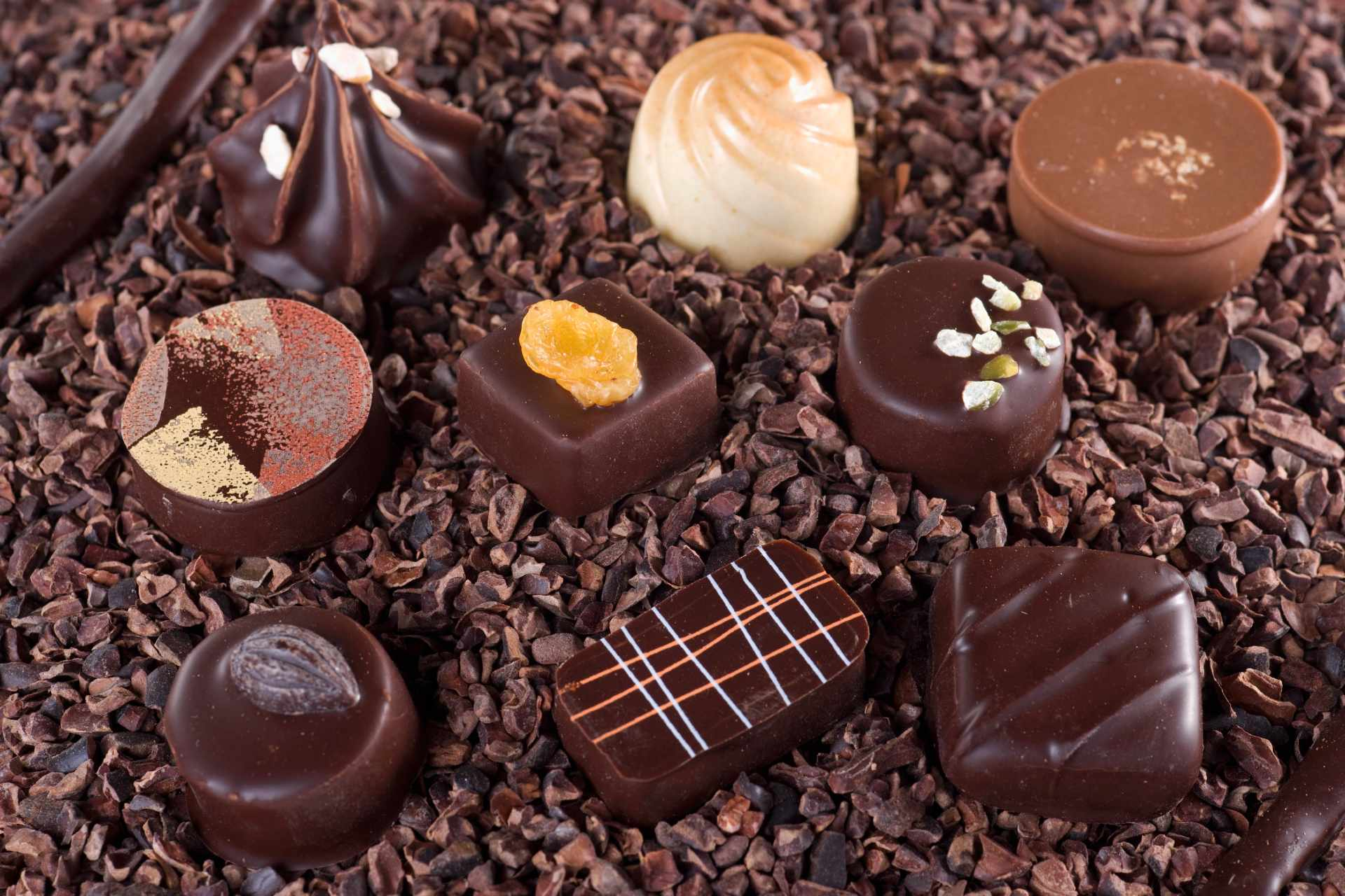 chocolate candies ©StockFood Besancon Lydie