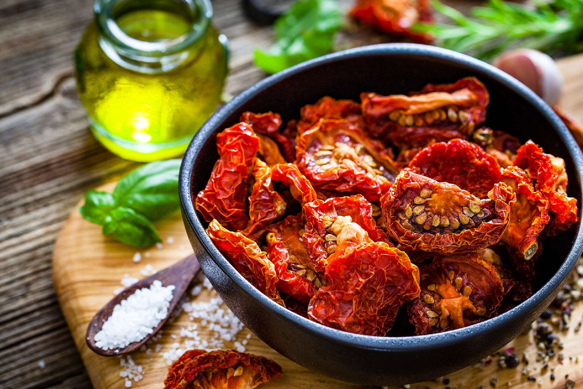 home made sun dried tomatoes ©iStock