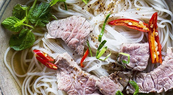 Pho bo: Vietnamese Noodle Soup with Beef