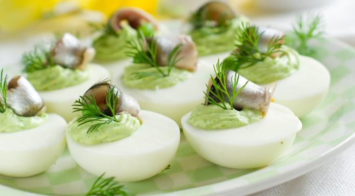 l_10059_green.deviled.eggs.jpg