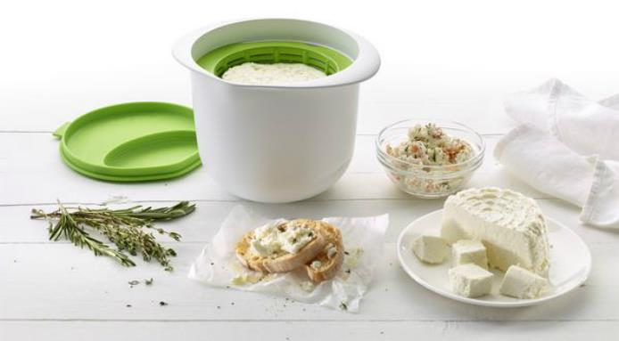l_11656_Lekue-Cheese-Maker.jpg