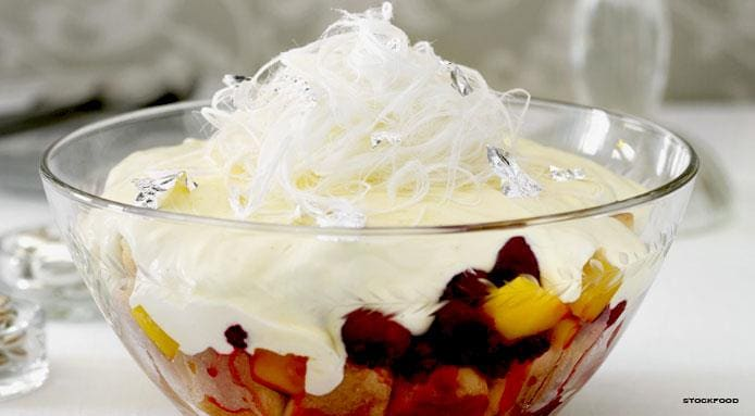 l_11786_Christmas-fruit-trifle.jpg