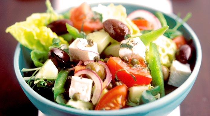l_1364_greek-salad-CUT1.jpg