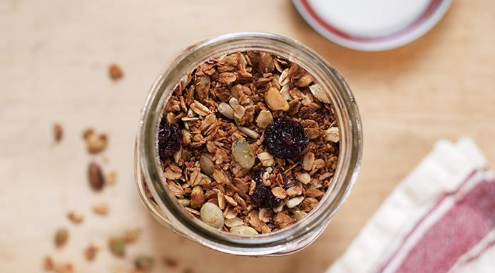 l_14015_muesli-in-a-jar.jpg