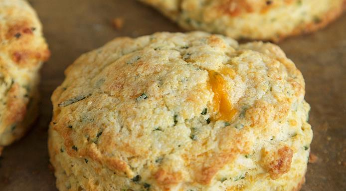 l_14586_chive-cheddar-biscuits.jpg