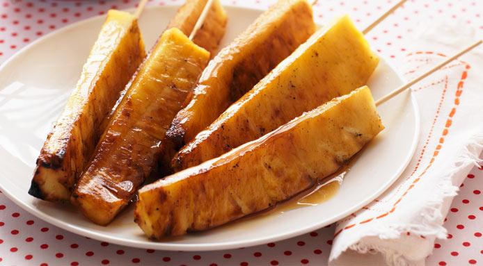 l_1521_grilled-pineapple-skewers-CUT1.jpg
