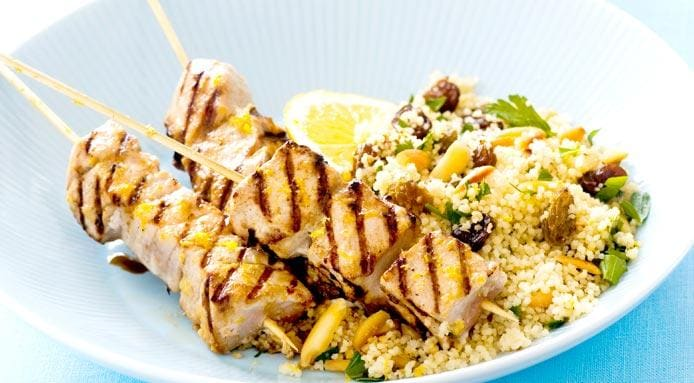 l_1523_grilled-tuna-skewers-couscous-CUT1.jpg