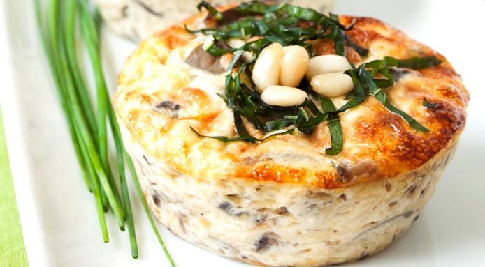 l_1538_mini-quiche-mushrooms-mozzarella-pine-nuts-CUT1.jpg