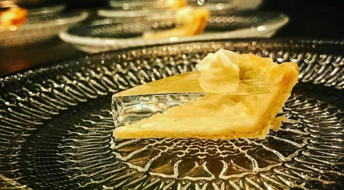 l_16184_clear-pumpkin-pie.jpg