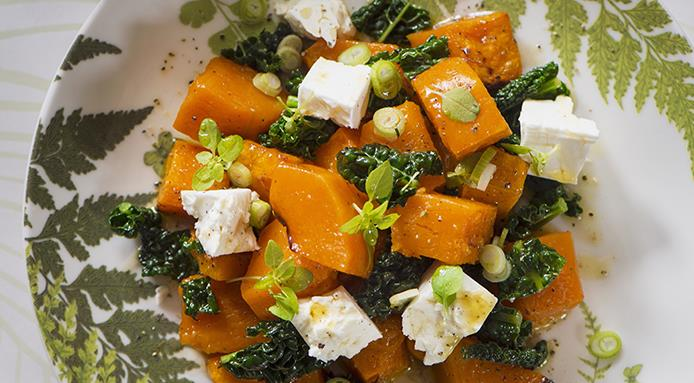 l_16551_pumpkin-salad-goat-s-cheese-kale.jpg
