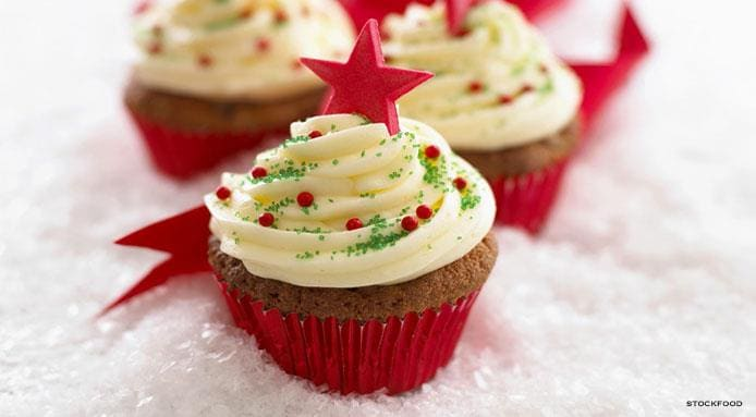l_9153_christams-cupcakes.jpg