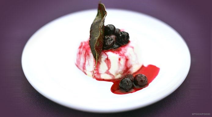 Panna Cotta with Blueberries
