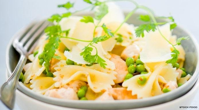 Pasta Salad with Chicken and Peas