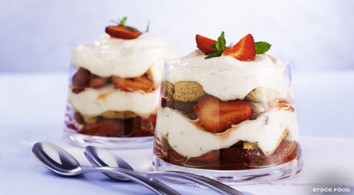Traditional English Trifle Recipe How To Make English Trifle Dessert