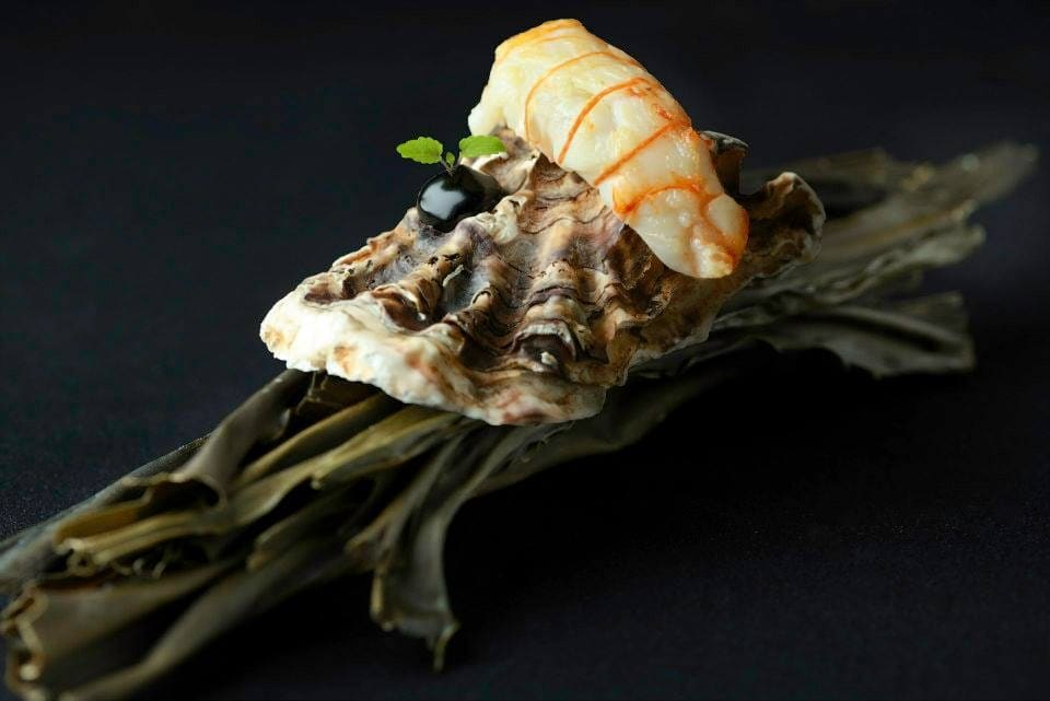 funky-gourmet-langoustine-on-shell