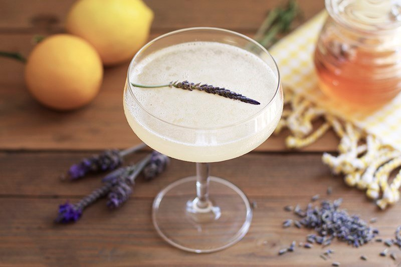 lavender-bees-knees-cocktail