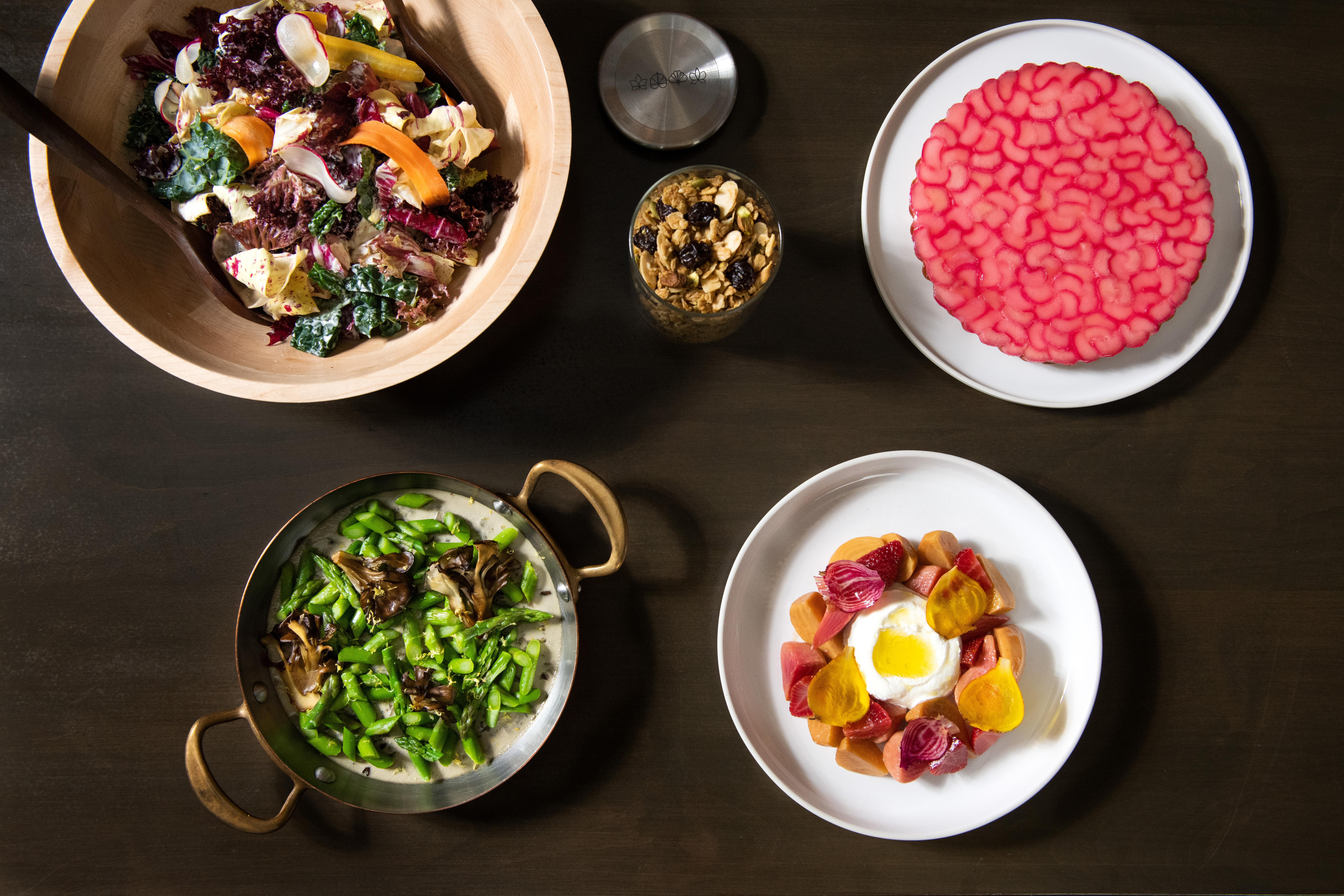 vespertine-eleven-madison-park-delivery-collaboration-dishes
