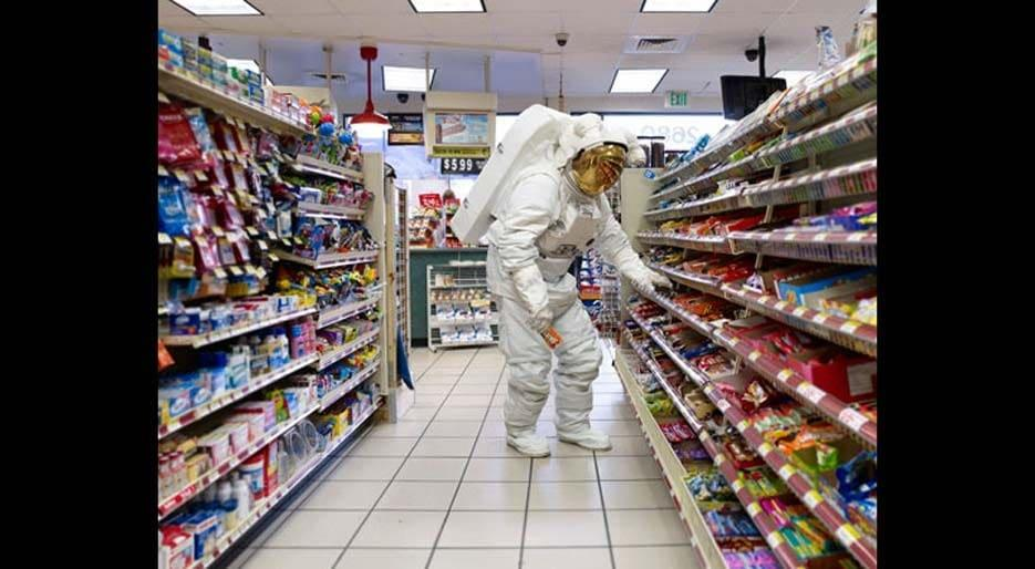 original_05-HFREEMAN-Astronaut-Store-w2.jpg