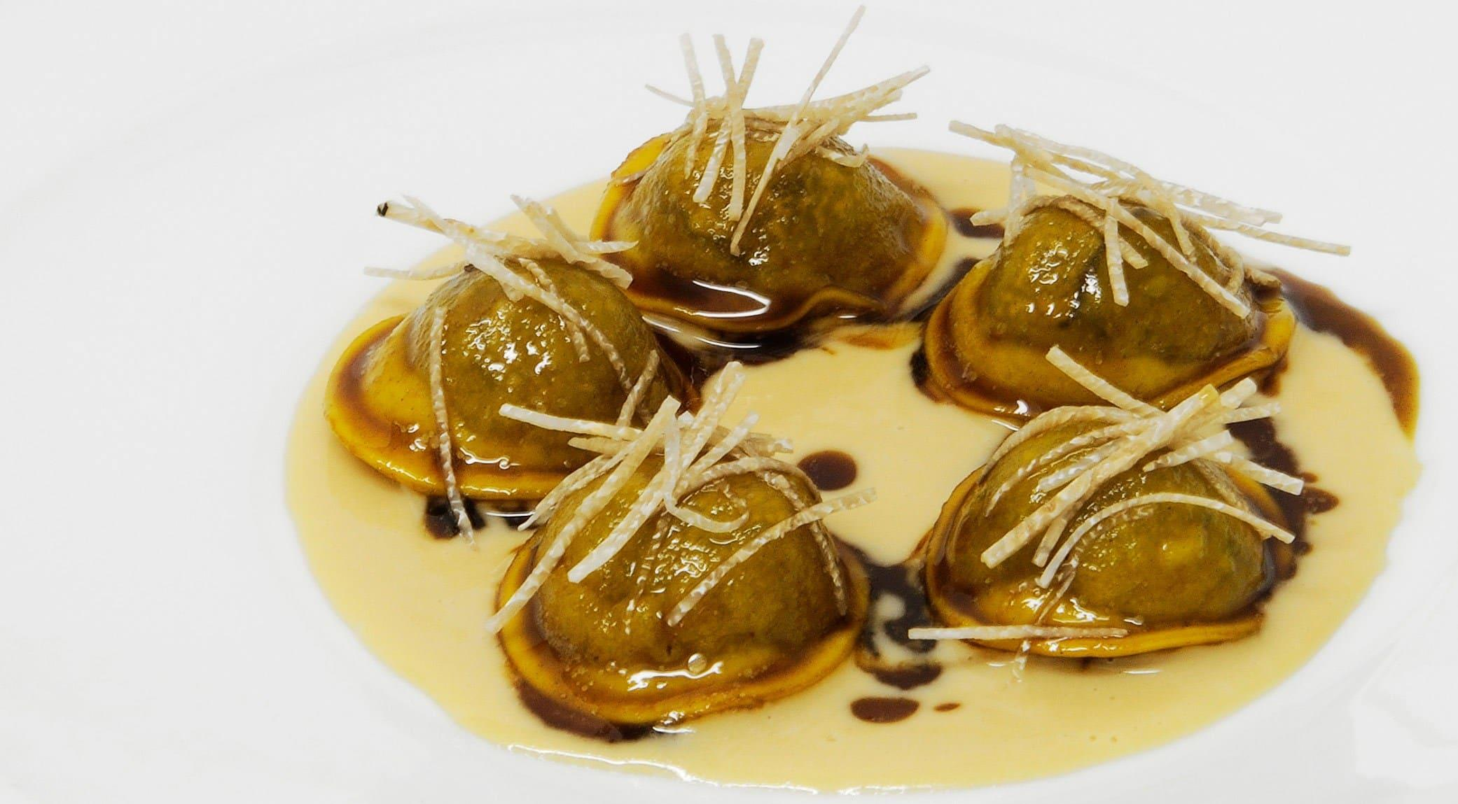 Massimo Bottura | Ravioli with leeks, foie gras and truffles