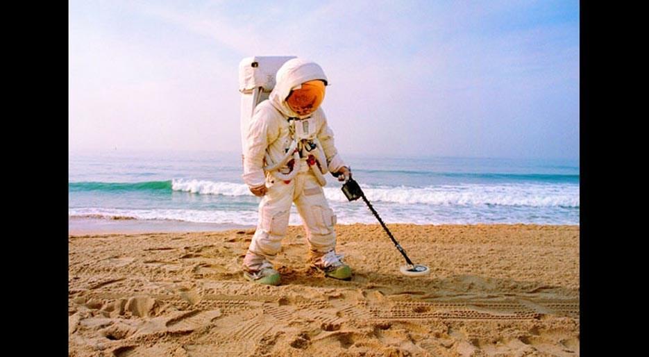 original_09-HFREEMAN-Astronaut-BeachLA.jpg