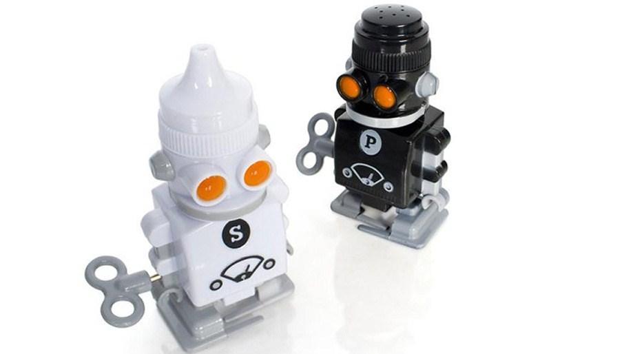 original_FDL-038-GP06-Shaker-Bots.jpg