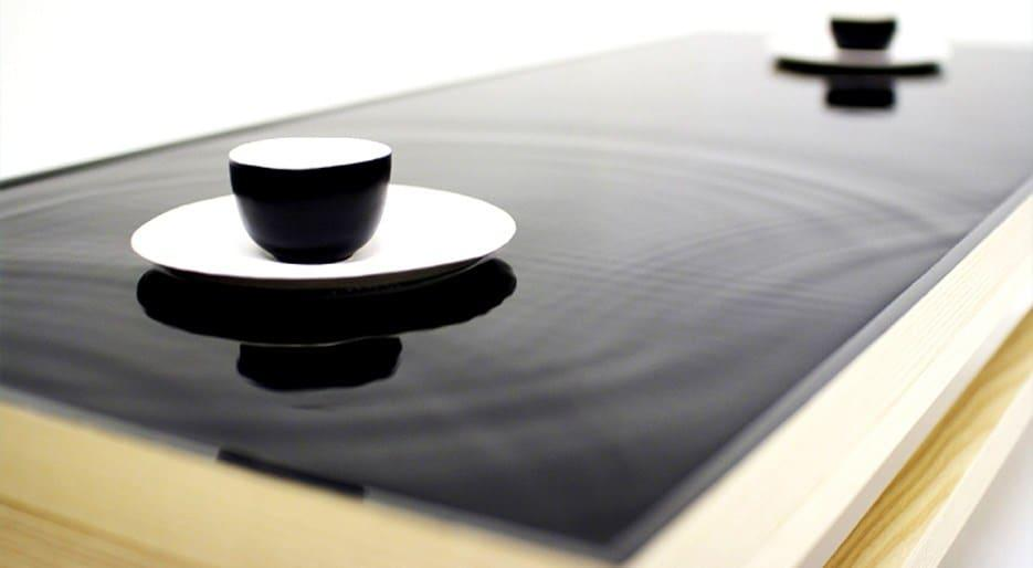 original_Foodam-Hanna-Seo-Ripple-effect-tea-table.jpg