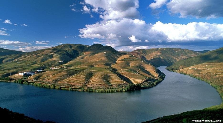 xl_4751_TP-douro-valley.jpg